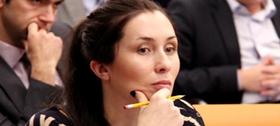 Жена министра связи продала «1С» долю в облачной бухгалтерии